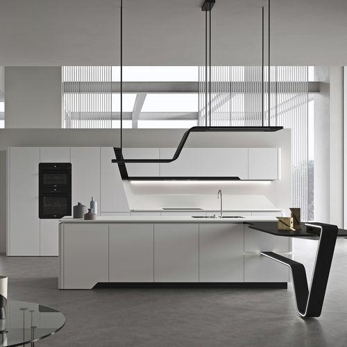 moderne Küche / lackierter Stahl / Kochinsel / lackiert