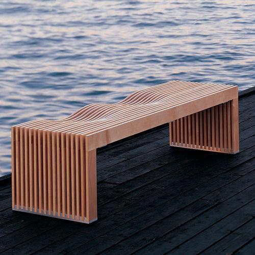 Bank für den Garten / modern / Holz