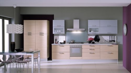 Moderne Küche / Massivholz / Holzfurnier / Holz - CARRERA VARIANTE 4 ...