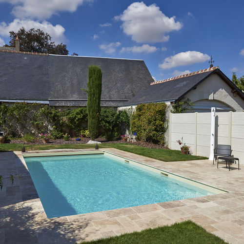 Erdverlegtes Schwimmbecken / Beton / für Außenbereich BLOIS PISCINES CARRE BLEU