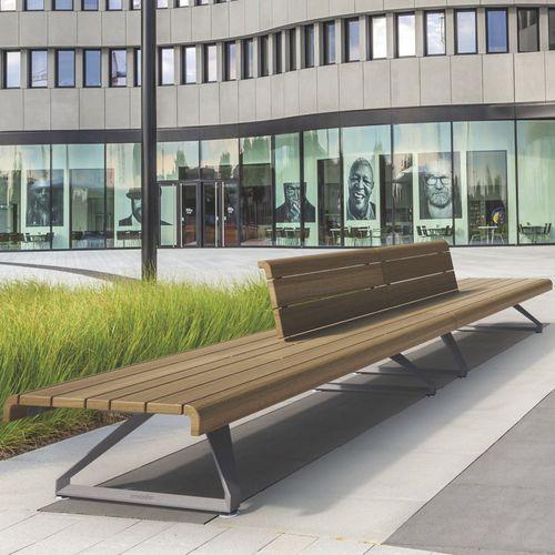 Parkbank / modern / aus Tropenholz / Aluminium