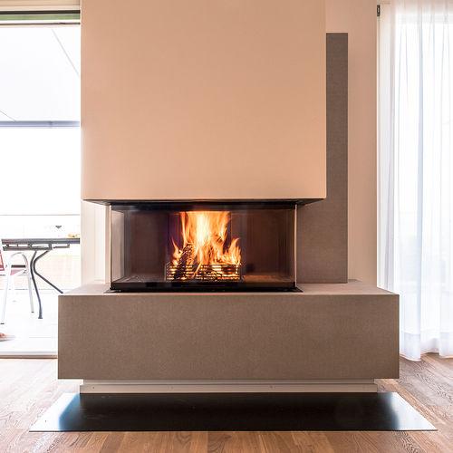 holzbefeuerter Kamin / modern / Geschlossene Feuerstelle / 3 Sichtseiten