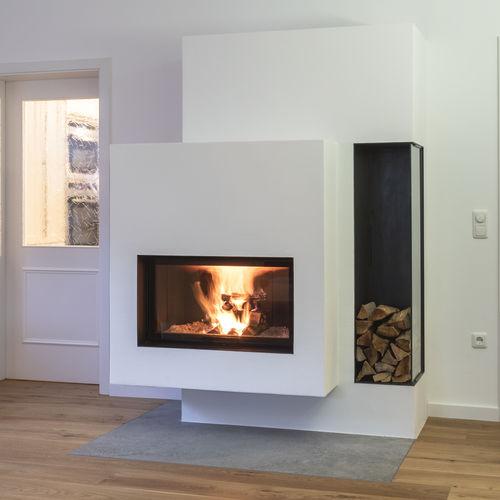 Holzkamin / modern / geschlossene Feuerstelle / Einbau