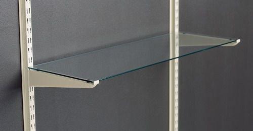 wandmontiertes Regal / modern / Glas / Objektmöbel