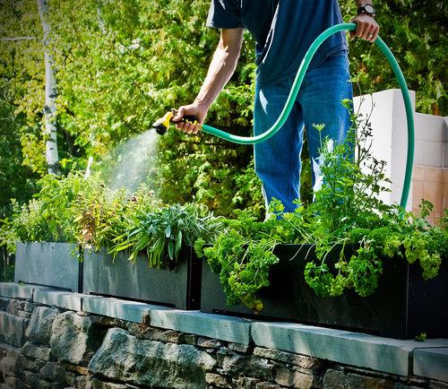 Recyclingkunststoff-Pflanzkübel / rechteckig / modern / für Hotels