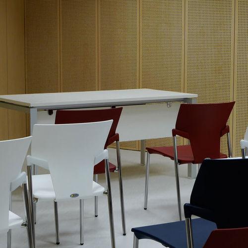 Akustikplatte für Innenausbau / aus MDF / perforiert / Objektmöbel