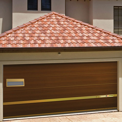 sektionale Garagentür / Holz / automatisch