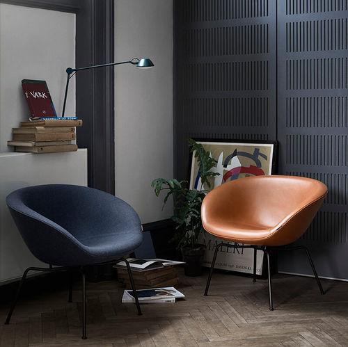 moderner Sessel / Textilfaser / Leder / Stahl