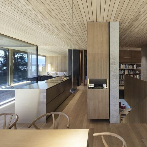 moderne Küche / aus Eiche / Edelstahl / Kochinsel
