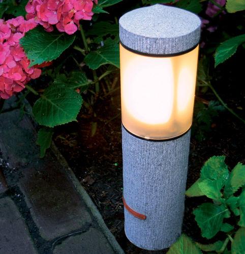 Leuchtpoller für den Garten / modern / Edelstahl / Glas