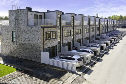 Modulhaus / Fertigbau / modern / aus Holz