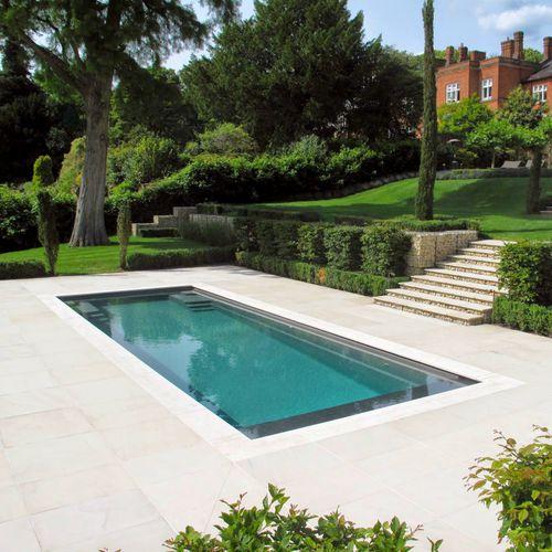 Erdverlegtes Schwimmbecken / Keramik / Rumpf / für Außenbereich X-TRAINER SERIES COMPASS Pools