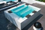 Hot Tub / zum Aufstellen / rechteckig / 4 Plätze / Außenbereich