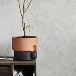 Terrakottapflanzgefäß / freistehend / rund