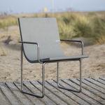 Stuhl / Bauhaus Design / mit Armlehnen / ergonomisch / recycelbar