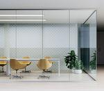festinstallierte Trennwand / verglast / für gewerbliche Einrichtungen