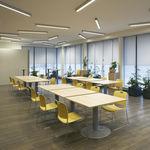 moderner Besucherstuhl / Stapel / Kufen / mit Schreibplatte