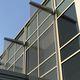 Metallgewebe-Sonnenschutzlamelle / für Fassaden / vertikal