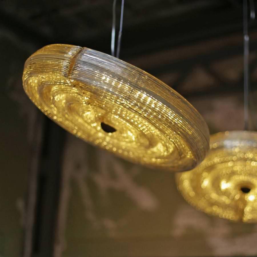 Schwebende Lampe