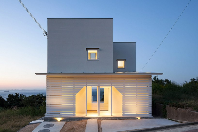 IZUE Architekten belichten Haus auf awaji Insel in Japan - Awaji ...