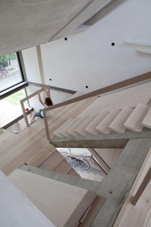 Interieur Design ideen ausstattung schwarz vorhang lang