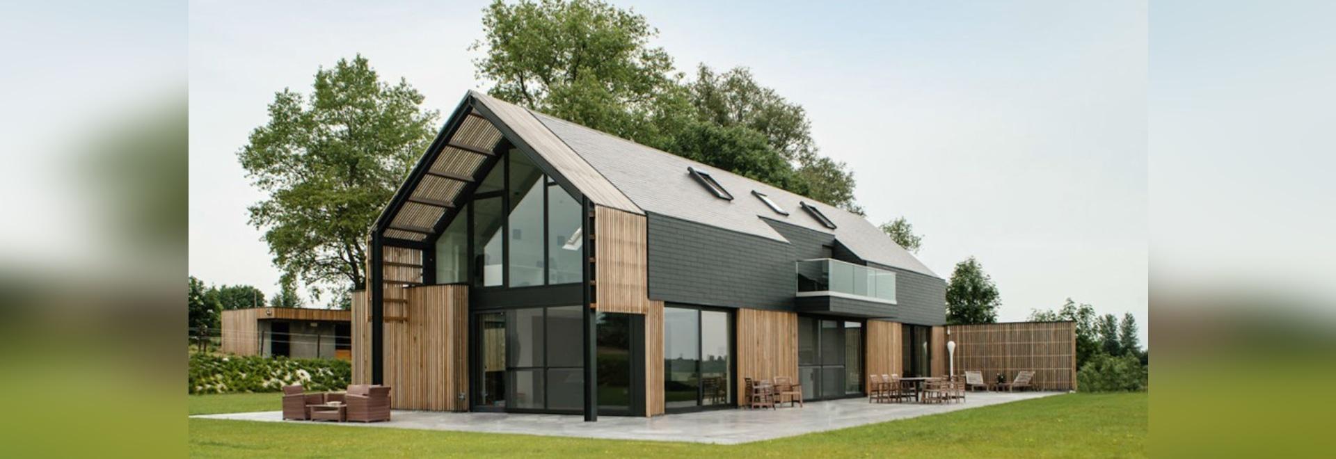 Alter belgischer Stall wird in ein herrliches zeitgenössisches Haus ...