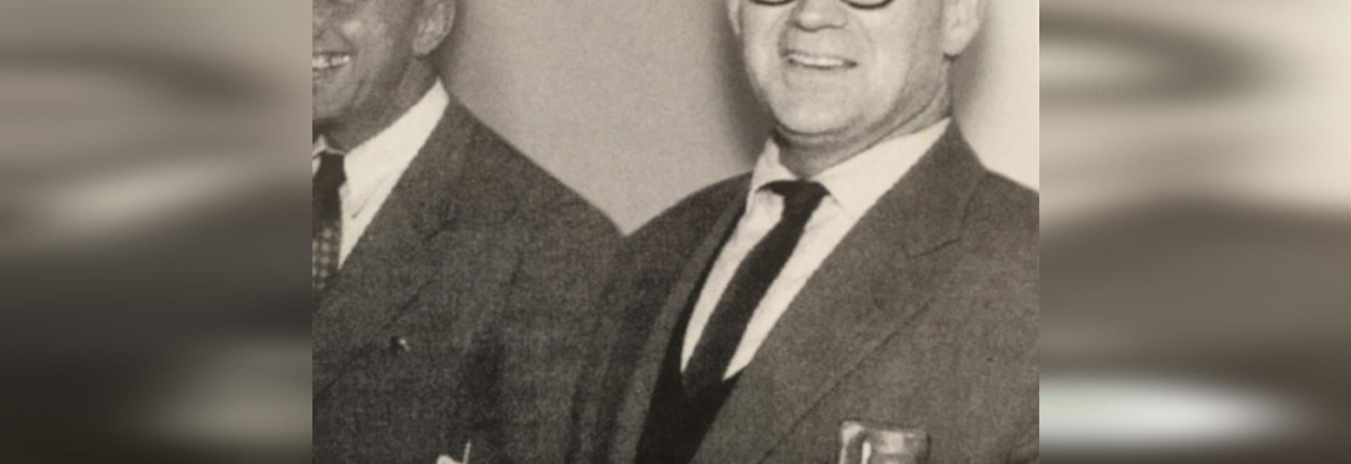 Architekt und Bauhausschüler Herbert Hirche (19010-2002) prägte nicht nur die Produktentwicklung bei Wilkhahn in den fünfziger und sechziger Jahren, sondern auch den Wilkhahn-Campus mit dem neuen V...