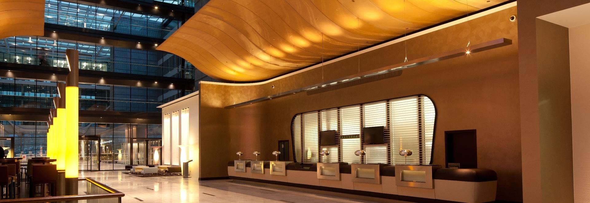 Begabtes Allroundtalent auf dem Gebiet der Flughafenarchitektur