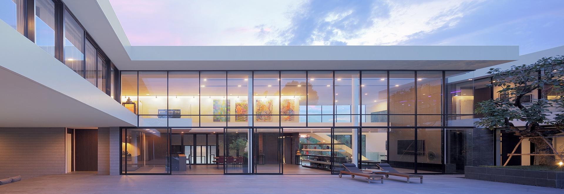 Horizontales Haus/Ayutt und Mitarbeiter entwerfen