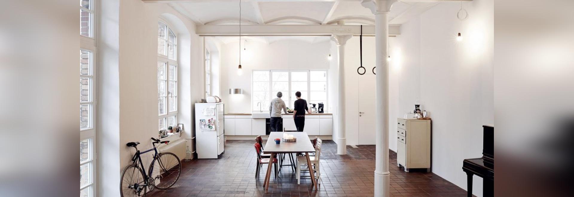 IFUB stellt Dachbodenwohnung mit gewölbten Decken in der ehemaligen ...