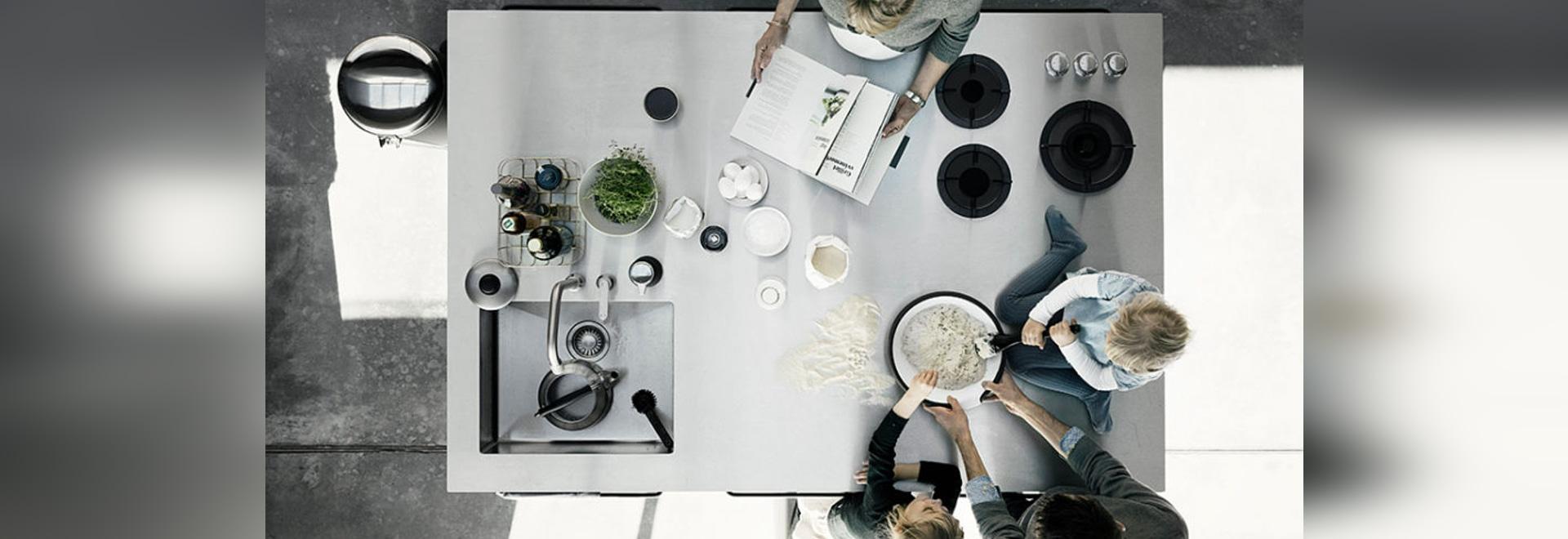 ISLAND moderne Küche by VIPP - VIPP