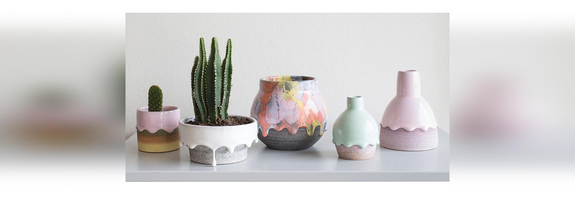 Sammlung Brian Giniewski Ceramics Has Createds A Regenbogen-Tropfenfänger-Schiffe