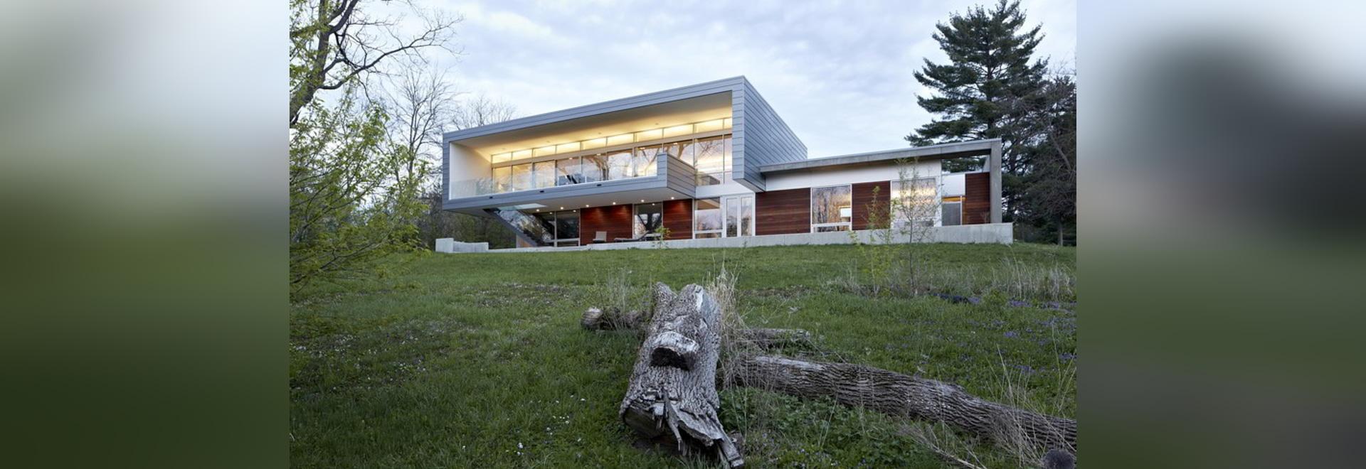 Studiohaltarchitekten entwirft vertrautes Flussansichthaus in ...