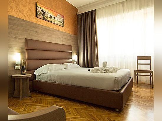 HEADBOARD-VORBILDLICHE ART UND WEISE für Hotels - durch Mobilspazio