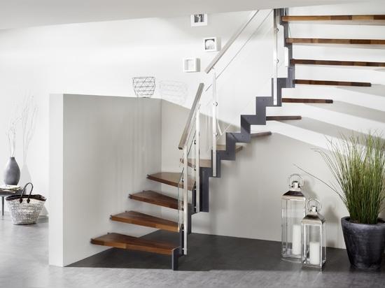 Treppenmeister, Treppenhäuser, die Ästhetik, Sicherheit und Adel von Materialien kombinieren.
