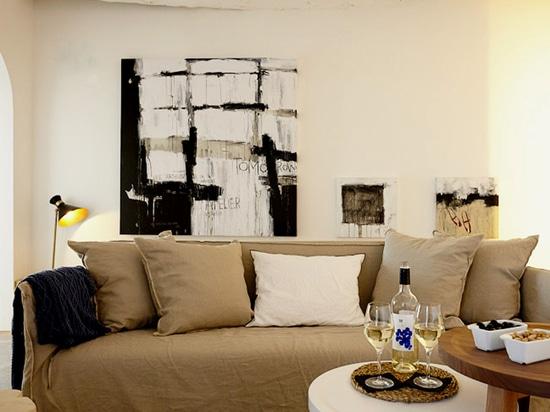 Morgen Malerei des großen Formats und 50 x 50 Malereien vom Catman (Hotel Maz Lazuli, Aufenthaltsraum)