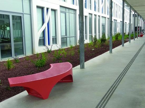Maßgeschneiderte Möbel für Toulouse Universität