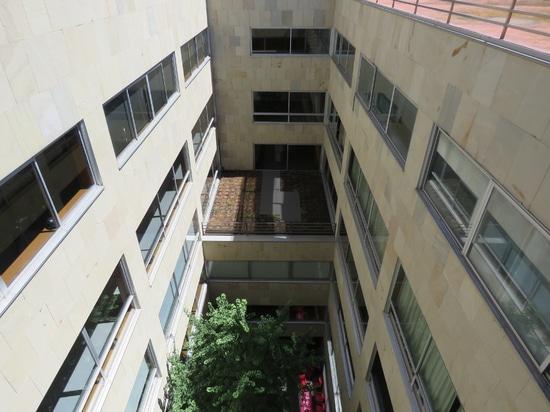 Dachgarten an der ESCI-UPF Universität
