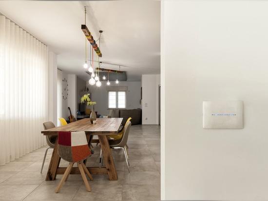 Allee-Hausautomation in einer Note: High-Teche Modernität für ein elegantes italienisches Landhaus