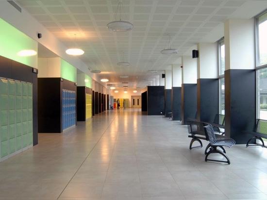 Schule Antwerpen – Reise