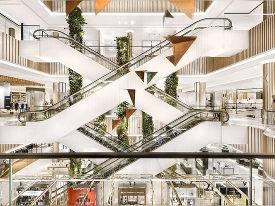 Robinsons-Mall. Höflichkeit von HMKM-Architekten