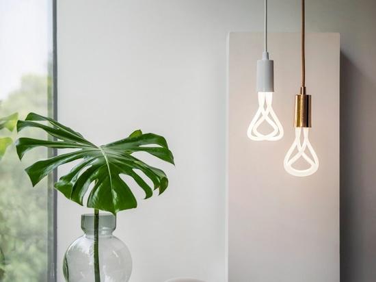 Plumen schafft LED-Version des Entwurfs der Jahr-gewinnenden Glühlampe 001