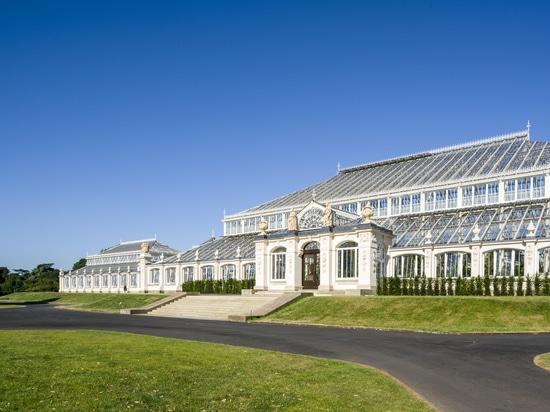 Mäßiges Haus/Donald Insall Associates