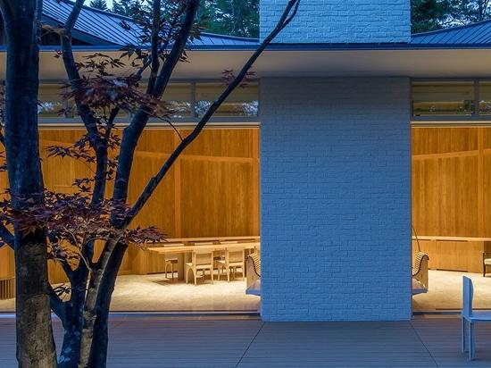 Haus shishi-iwa: ein Boutiquehotel durch shigeru Verbot öffnet seine Türen in Karuizawa