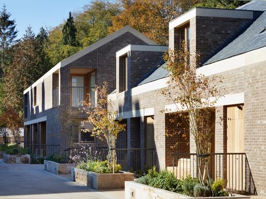 Morris + Firma schließt Wildernesse-Miauenruhesitz in historischem Kent-Zustand ab