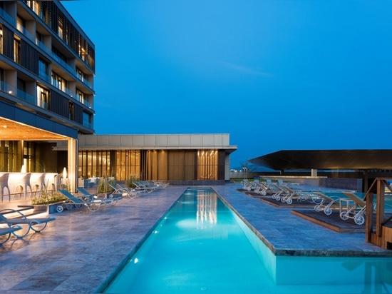 Eine vollständige Harmonie mit dem Kontext: Kongo Kintele Kongresszentrum und Resort Hotel