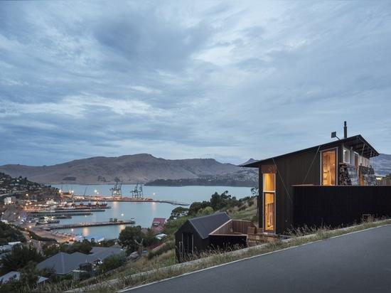 Dieses neuseeländische Küsten-Retreat verbindet Business und Vergnügen