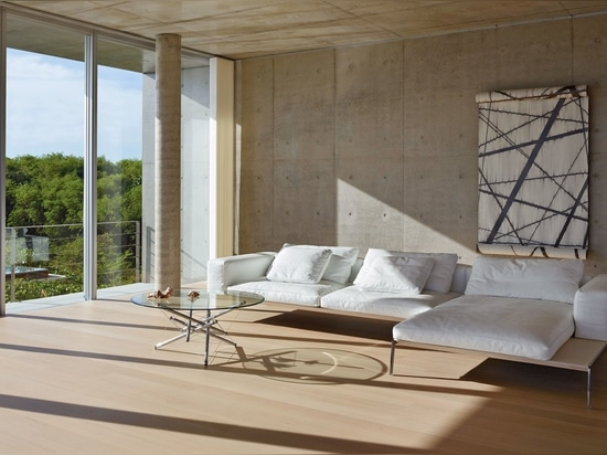 Diese italienische Generationsmarke ist bekannt für ihr einzigartiges und zeitloses Sofadesign