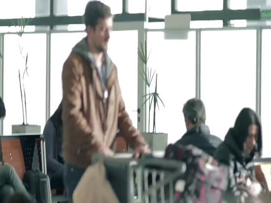Bluesmart - der erste intelligente verbundene das Handgepäck-Koffer der Welt