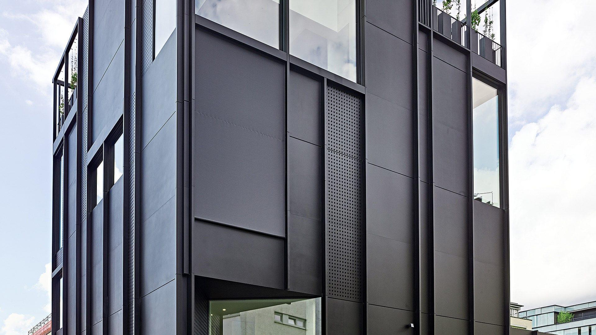 Platten Fassadenverkleidung Rudolfstrasse Air Lux Blech